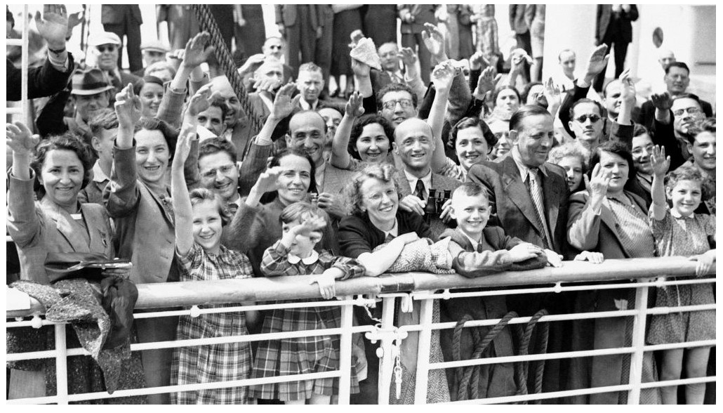 AP Photo of German Jewish Refugees
