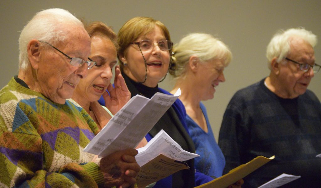 Los Ladineros; Ralph Adatto, Marlene Souriano-Vinikoor, Cheryl Lundgrenand and Jack Cordova singing Pasharo D'ermozura.
