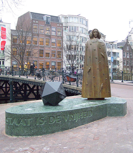Spinoza status in Amsterdam
