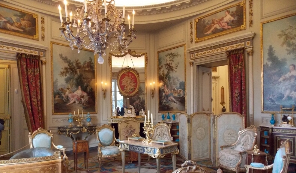 The opulent decorations in the living room, Musee Nissim de Camondo, Paris.