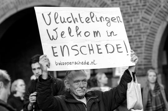 """""""Refugees Welcome"""" sign"""