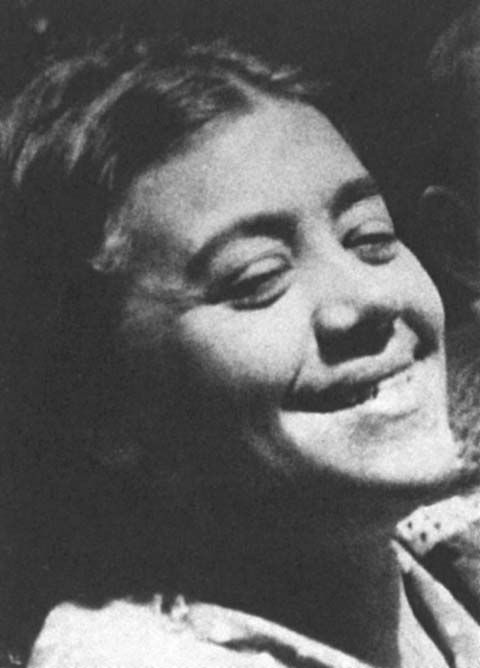 Black-and-white photo of Celia Dropkin from the Jewish Womens Archive