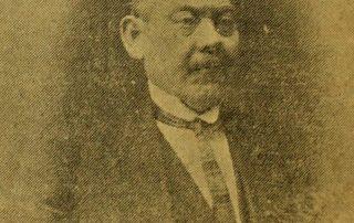Portrait of Elia Carmona.